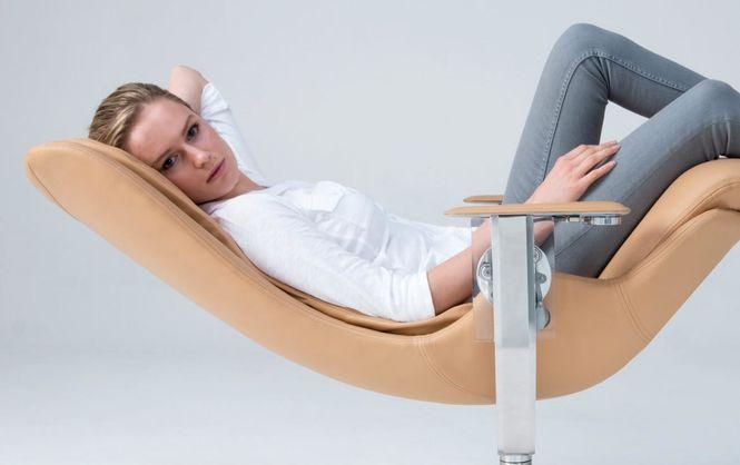 """Британець створив """"невагомий"""" стілець за $26 тис. - фото 1"""