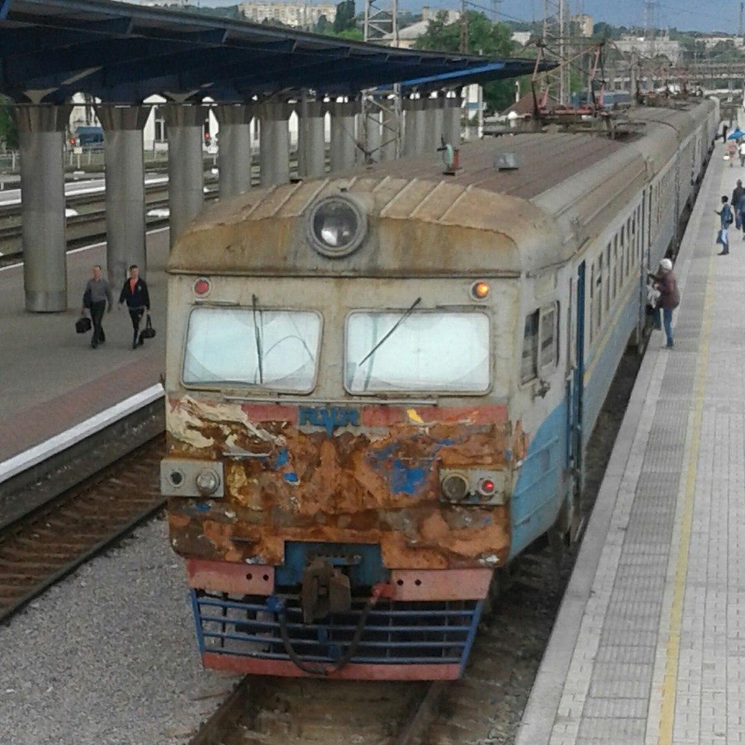 """ТОП-10 цікавих, кумедних і моторошних фактів про """"Укрзалізницю"""" - фото 1"""