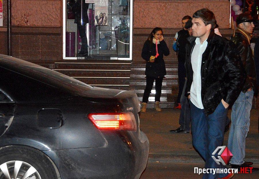"""У центрі Миколаєва Toyota збила хлопця прямо на """"зебрі"""""""