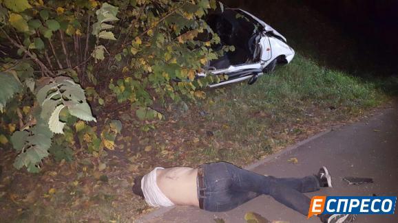 На Київщині в жахливому ДТП загинули 4 чоловіків - фото 2