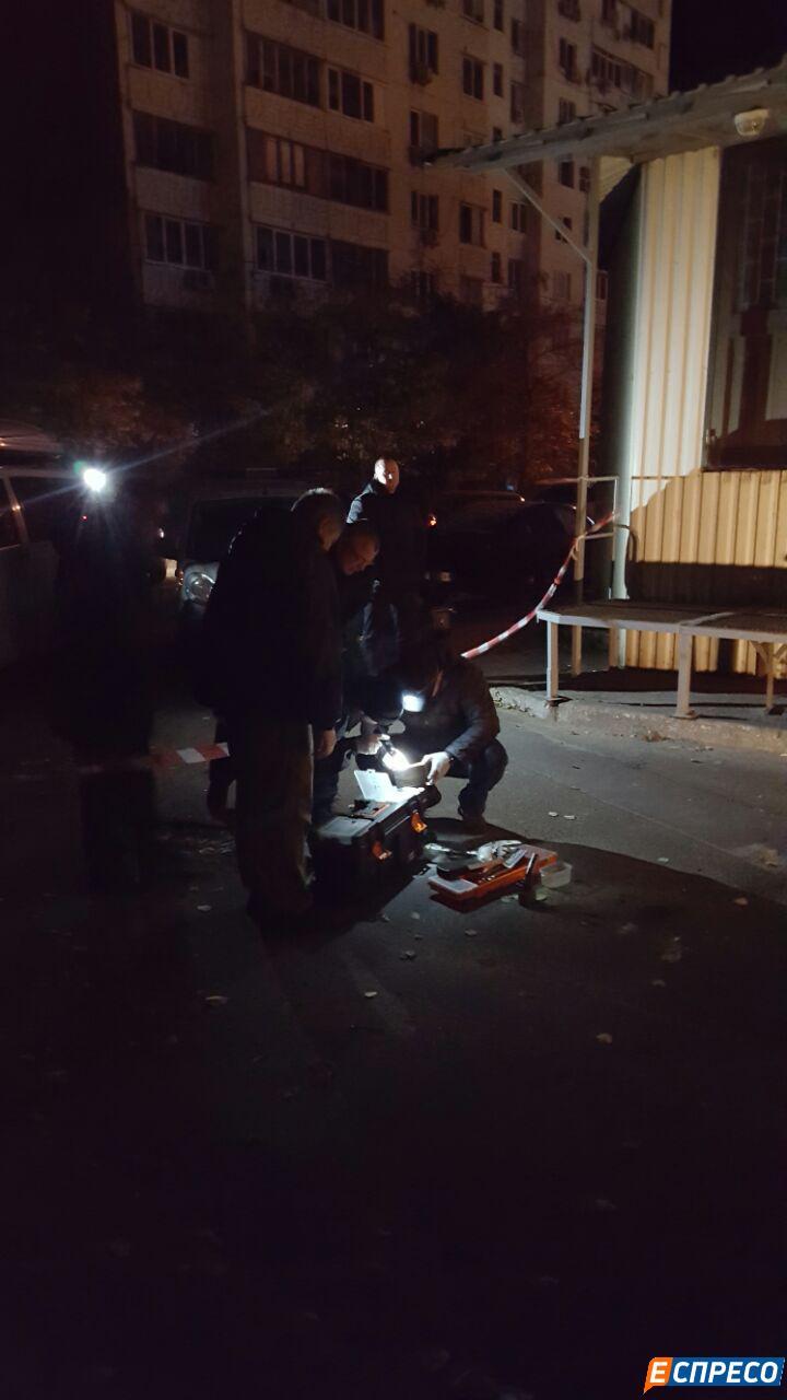 У Києві чоловік підірвав себе гранатою - фото 3