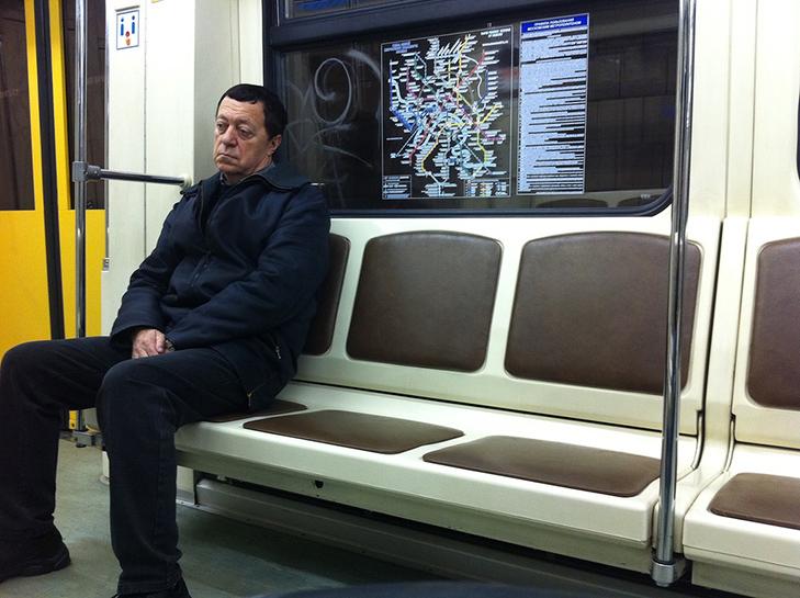 Порошенко, Обама, Путін... Кого ще можно зустріти у метро (ФОТОЖАБИ) - фото 13