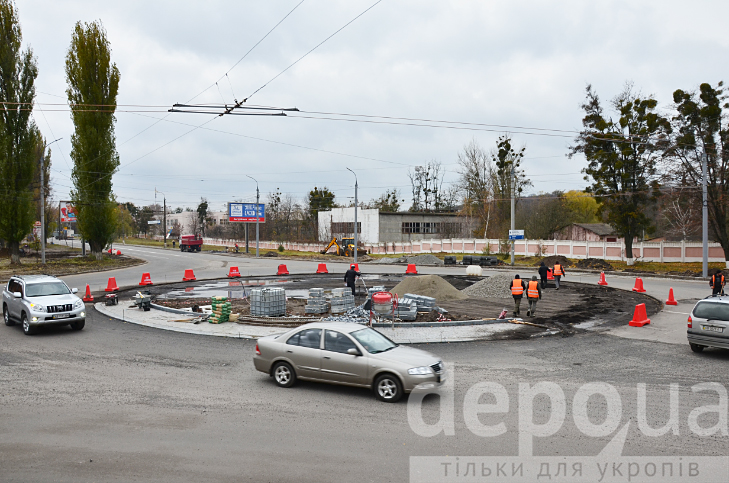 У Вінниці на двох великих перехрестях готують круговий рух - фото 5