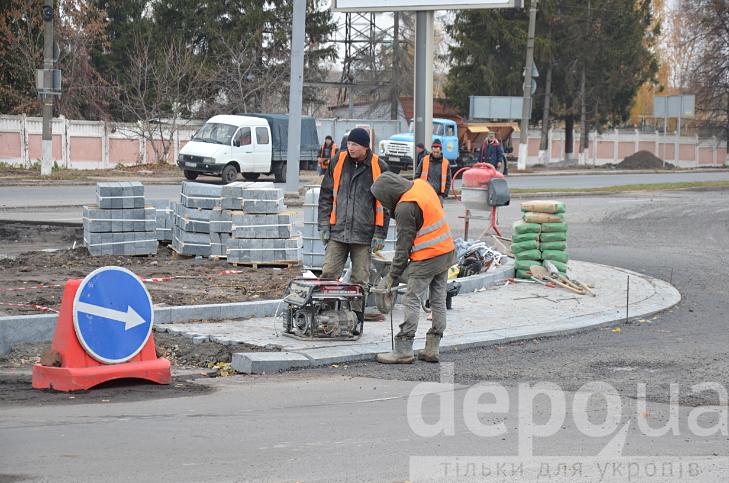 У Вінниці на двох великих перехрестях готують круговий рух - фото 6