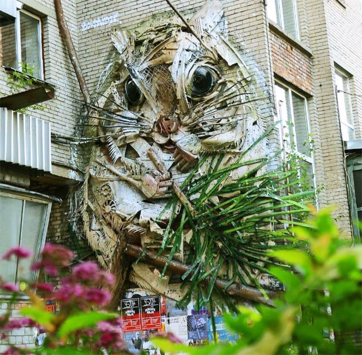 Художник перетворює купи сміття в неймовірні скульптури тварин - фото 5