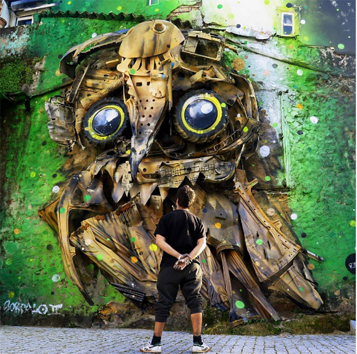 Художник перетворює купи сміття в неймовірні скульптури тварин - фото 1