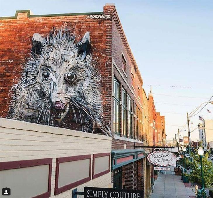Художник перетворює купи сміття в неймовірні скульптури тварин - фото 12