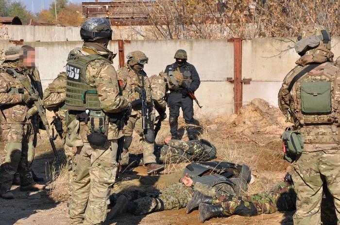 """СБУ показала, як знешкодила """"диверсантів"""" на Південно-Українській АЕС"""