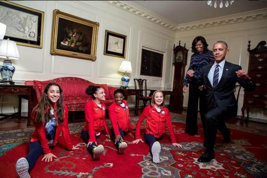 Як Обама ноги розчепірював - фото 1