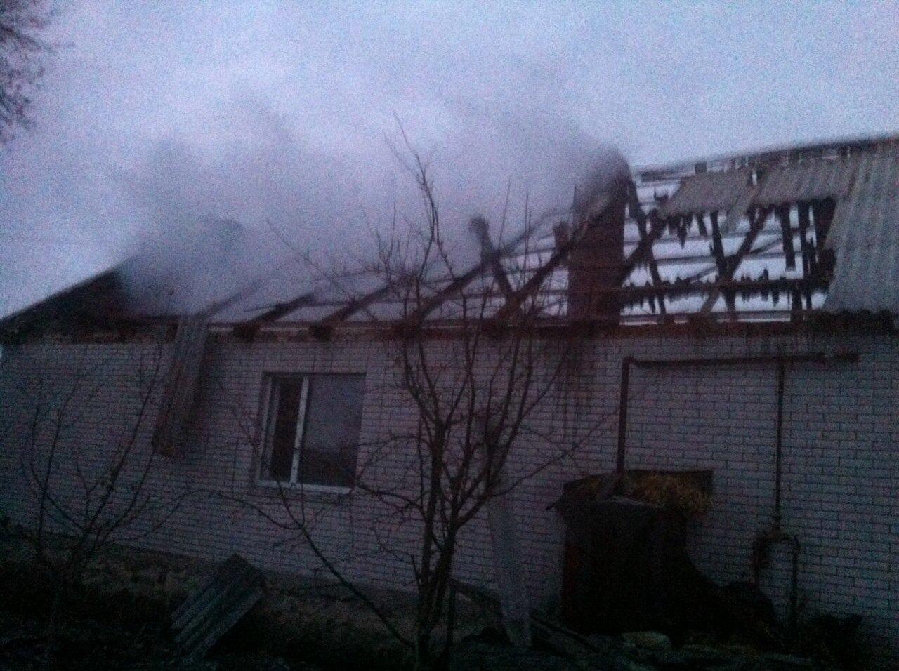 На Вінниччині в сільському дворі згоріли хата, хлів, корови і свині - фото 3