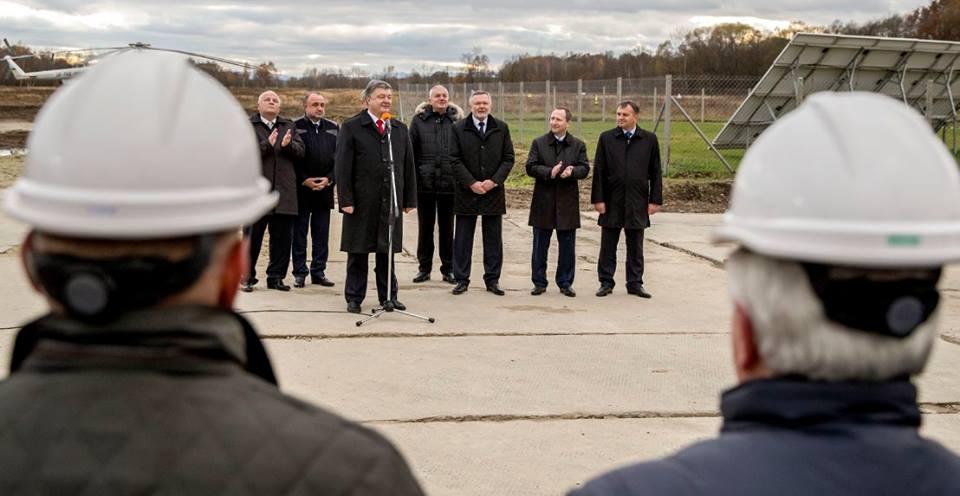 На Львівщині запалюють: Порошенко відкрив газову свердловину (ФОТО) - фото 2