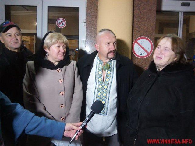 Потяг єднання прибув до Вінниці    - фото 1