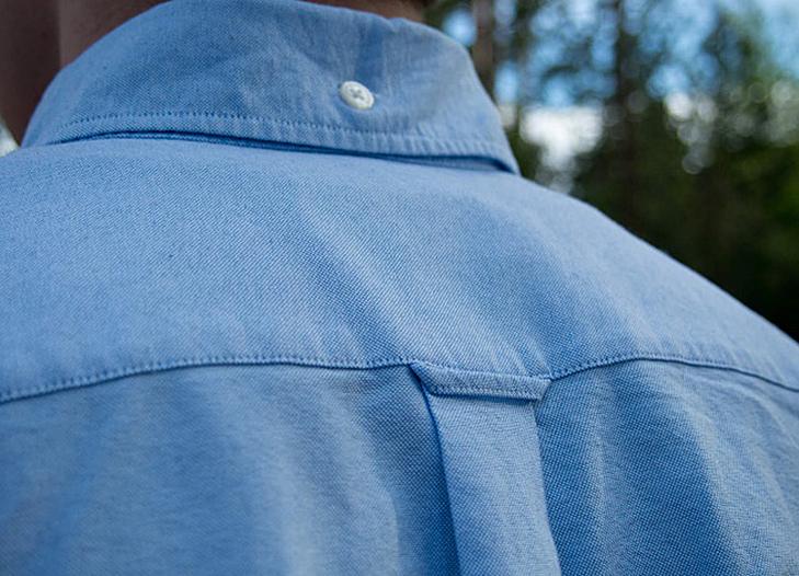 Навіщо маленькі кишеньки на джинсах і дірочка у вікні ілюмінатора літака?  - фото 1