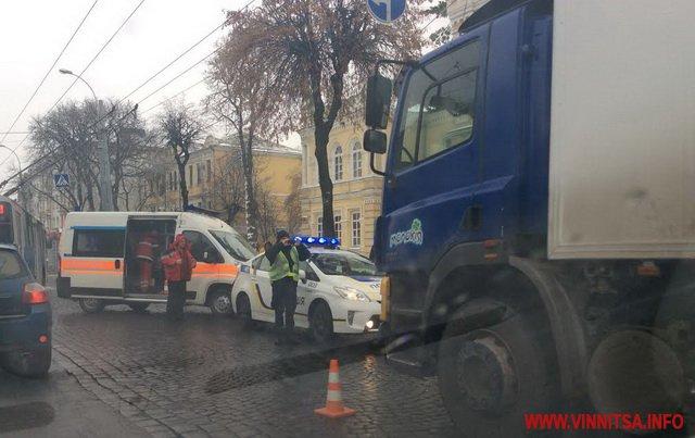 У центрі Вінниці тернопільська машина убила жінку  - фото 2