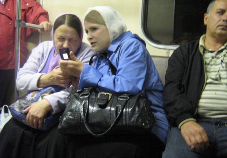 Порошенко, Обама, Путін... Кого ще можно зустріти у метро (ФОТОЖАБИ) - фото 5
