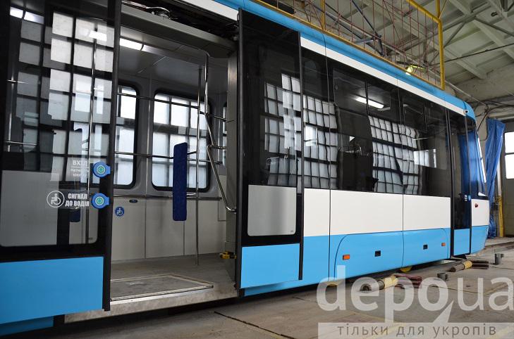 Трамваї з низькою підлогою у Вінниці будуть на всіх маршрутах - фото 1