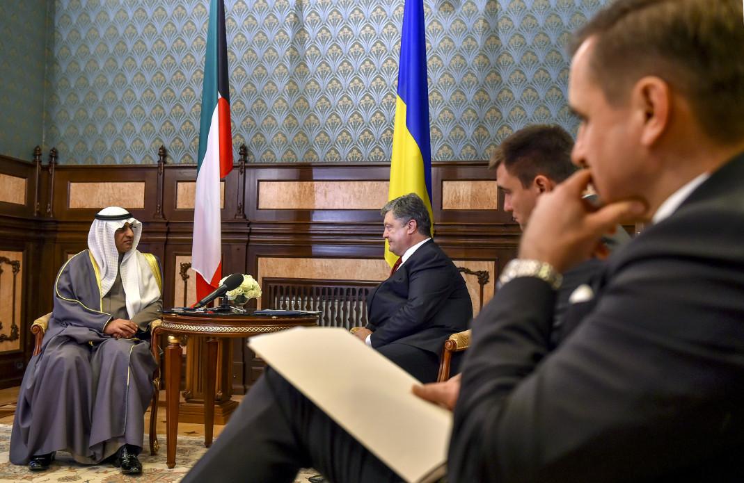 Порошенко прийняв нових послів Швеції, Норвегії, Білорусі і Кувейту - фото 1