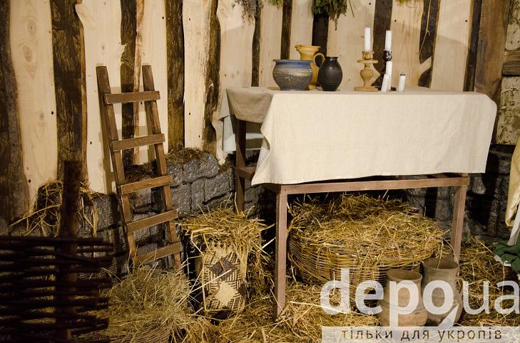На майдані Незалежності вперше встановили різдвяний вертеп - фото 9