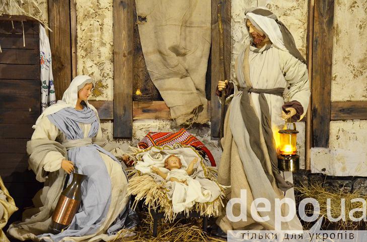 На майдані Незалежності вперше встановили різдвяний вертеп - фото 3