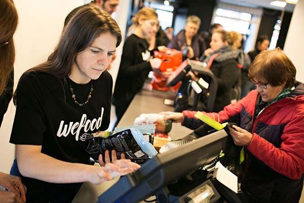 У Данії супермаркет, який продає прострочені продукти, відкриває нову філію - фото 1