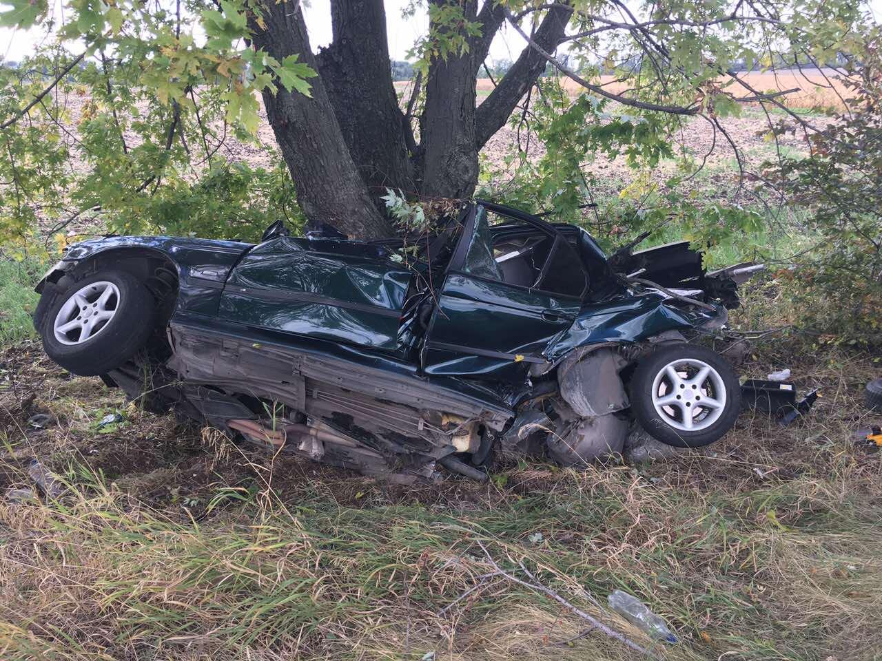 На трасі Дніпро-Запоріжжя сталася жахлива аварія, є загиблі - фото 2