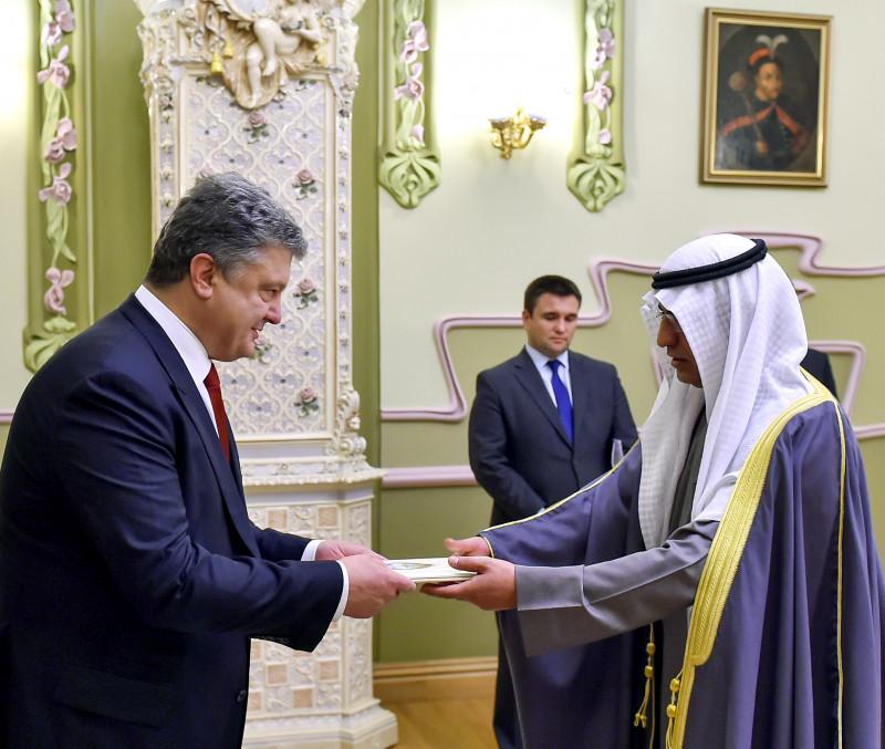 Порошенко прийняв нових послів Швеції, Норвегії, Білорусі і Кувейту - фото 5