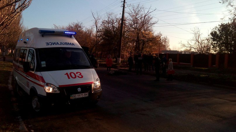 """На Миколаївщині водій велосипеда загинув під колесами """"Мерседеса"""""""