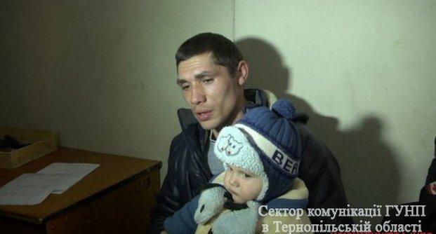 Жмеринчанка покинула маленьку дитину на тернопільському вокзалі  - фото 3