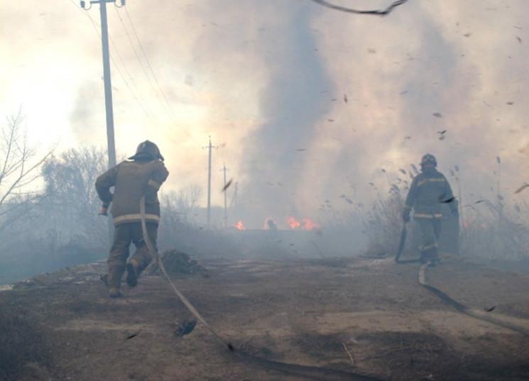 В Одесі рятувальники не можуть загасити…