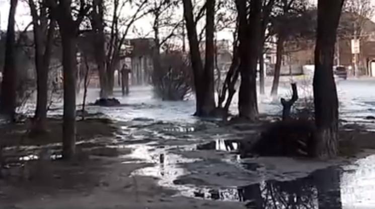 Аварія на каналізаційному колекторі у Хе…