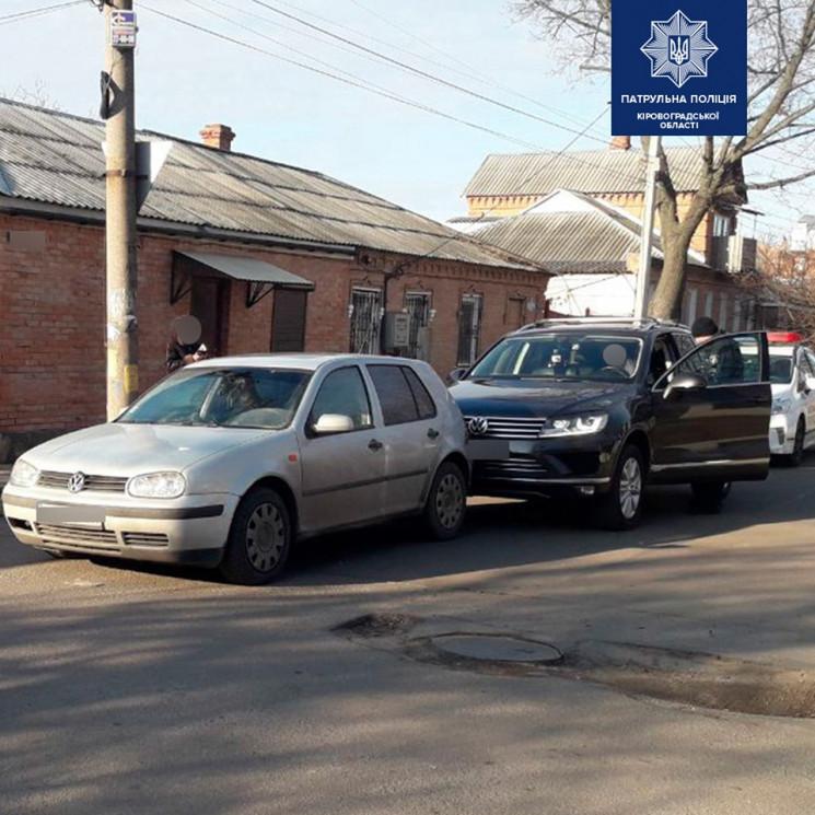 У Кропивницькому зіткнулися два Volkswag…