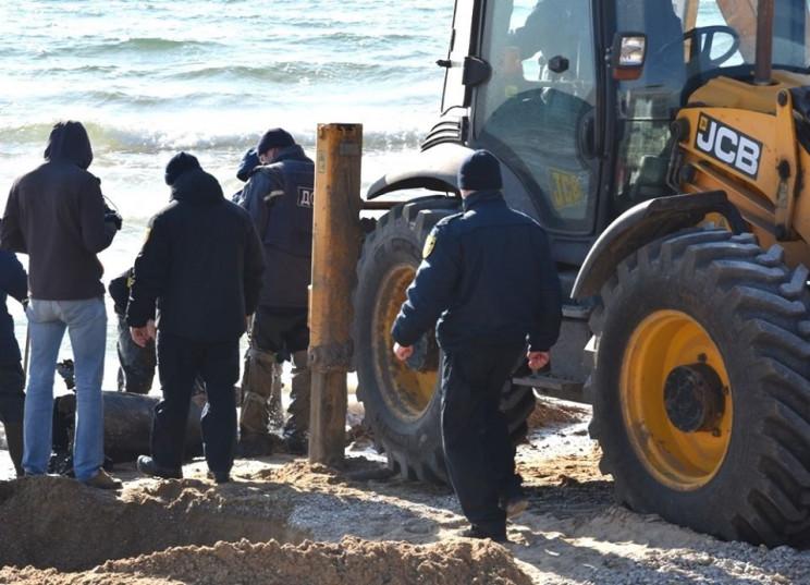 """Паника под Одессой: На пляже нашли """"авиа…"""