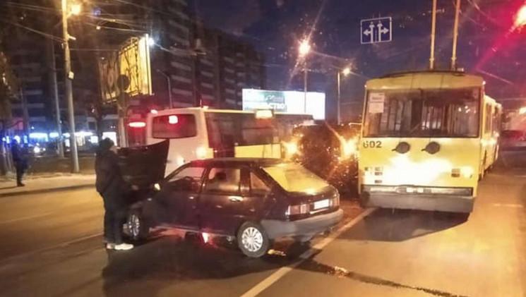 У Львові сталася ДТП на перехресті (ФОТО…