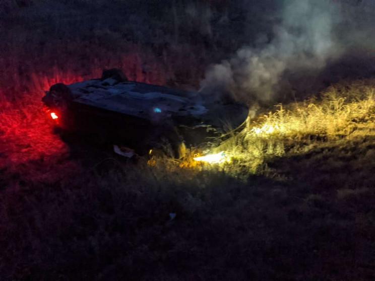 Біля Миколаєва автомобіль перекинувся на…