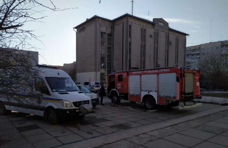 У Львові евакуювали сотні людей через за…