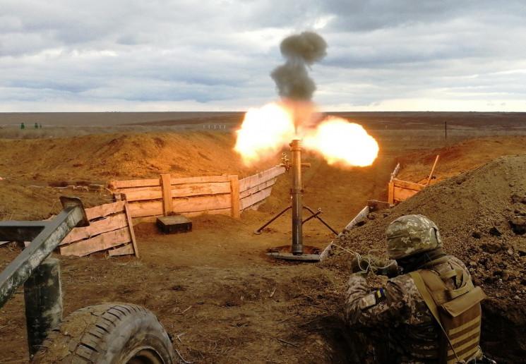 Військові ООС відповіли на вогонь окупан…