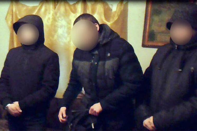 Прикарпатські поліцейські викрили трьох…