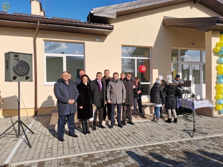 На Пустомитівщині відкрили новозбудовану…