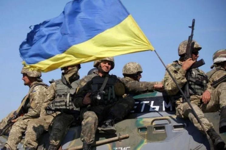 На Донбассе боевики ранили одного украин…