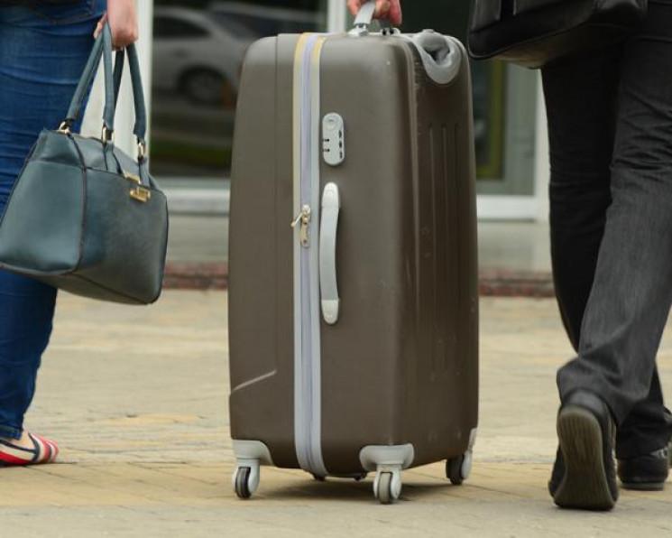 """""""Укрзалізниця"""" доставлятиме валізи пасаж…"""