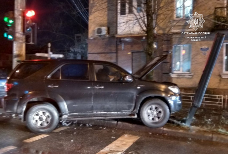 ДТП у центрі Кропивницького: Автомобіль…