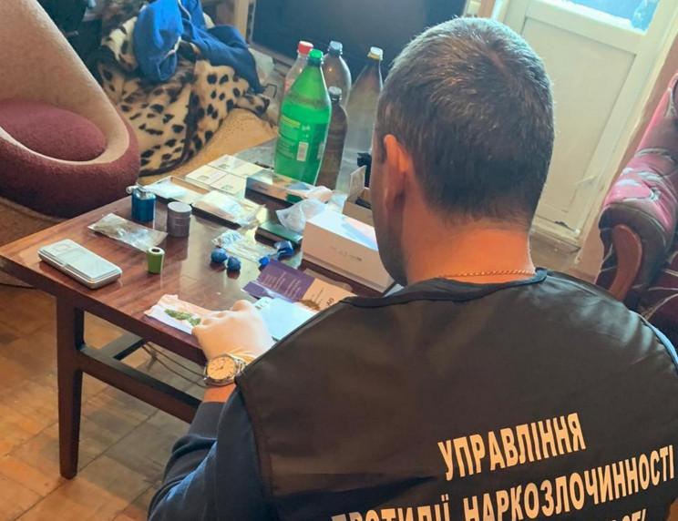 У Львові поліція вилучила зброю у чолові…