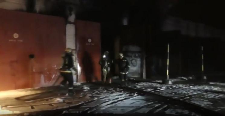 У Сумах пожежники приборкали масштабну п…
