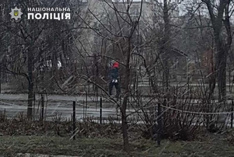 В Северодонецке неизвестный разбил стелу…