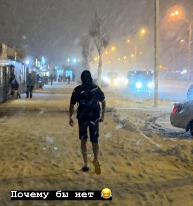 """В Днепре в метель заметили """"снежного гер…"""