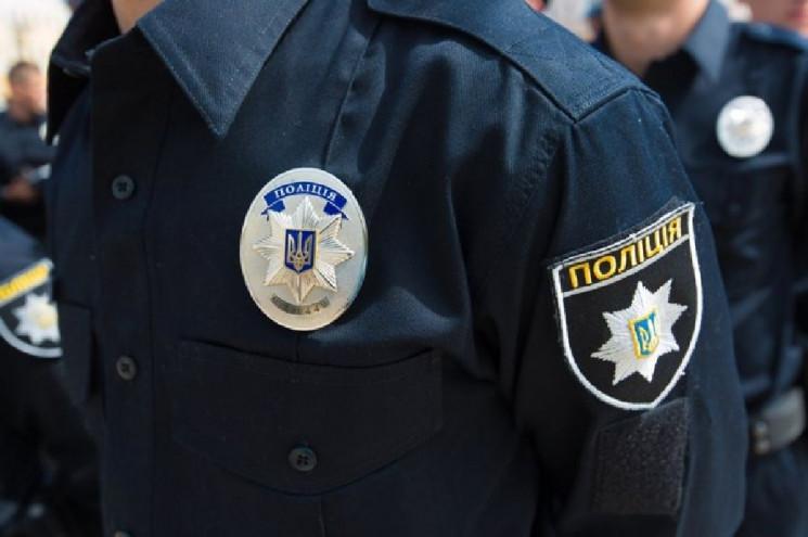 У Хмельницькому поліцейські охорони затр…