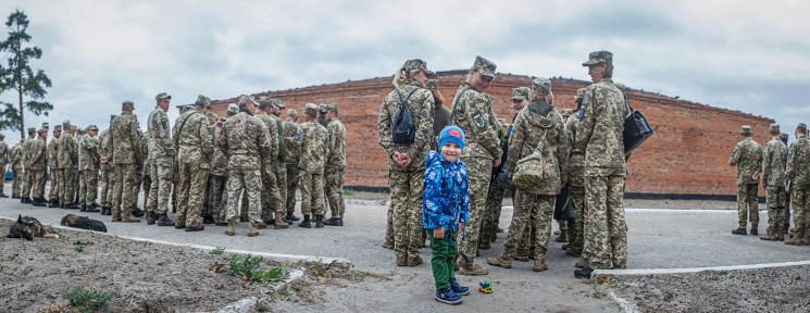 Военные городки рядом с Днепром снова ос…