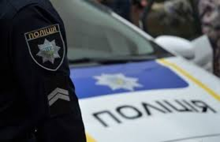 Двоє копів в Одесі заважали лікарям шпит…