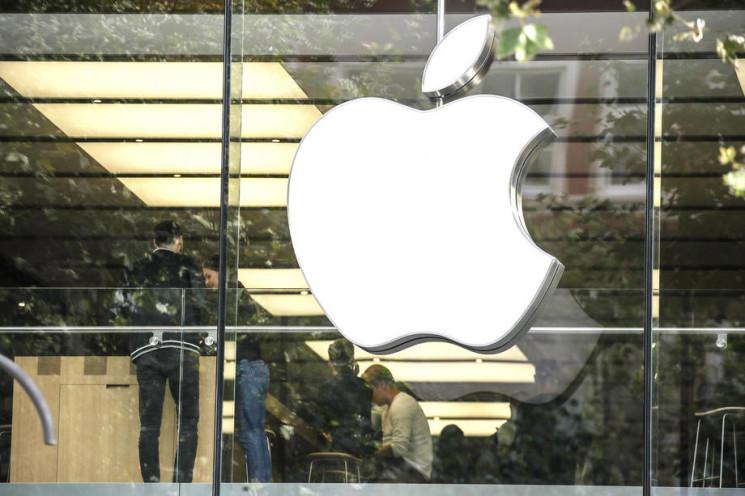 Франция оштрафовала Apple на 25 млн евро…