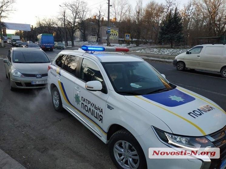 У центрі Миколаєва мікроавтобус збив вій…